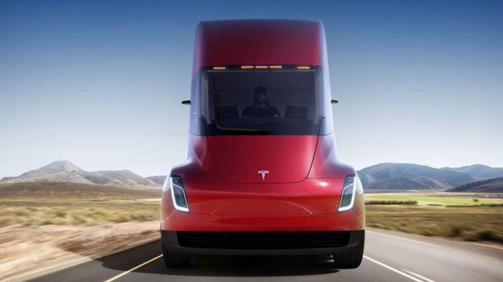 Tesla'dan elektrikli tır: Tesla Semi ile tanışın!