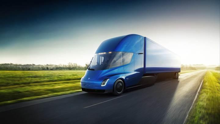 Walmart tedarik zincirinde Tesla Semi'den faydalanacak