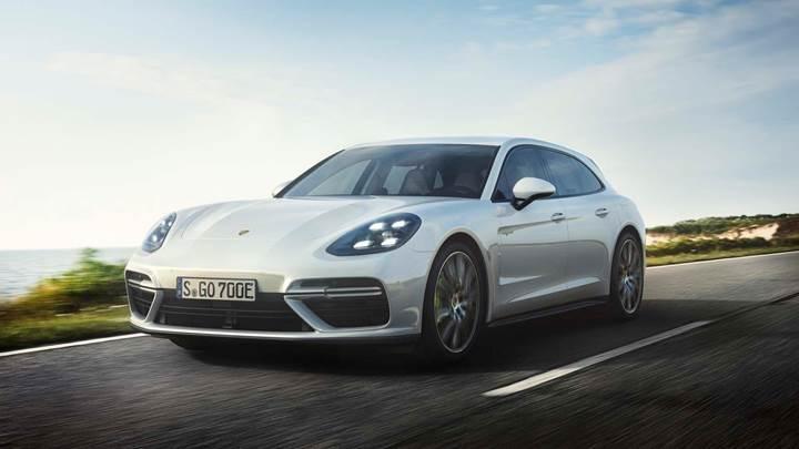 Porsche, 2025 yılında satışlarının yarısını hibrit araçlardan bekliyor