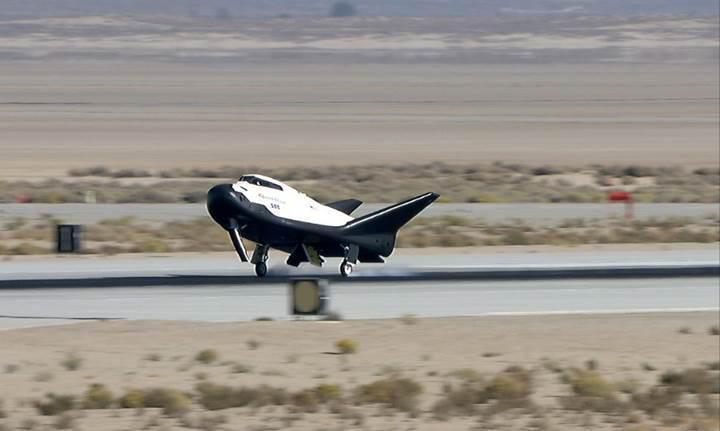 Türk girişimcilerin uzay aracı Dream Chaser'ın ilk uçuşu için NASA'dan izin geldi