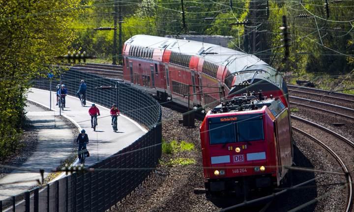 Almanya ''ücretsiz toplu taşıma'' seçeneğini değerlendiriyor