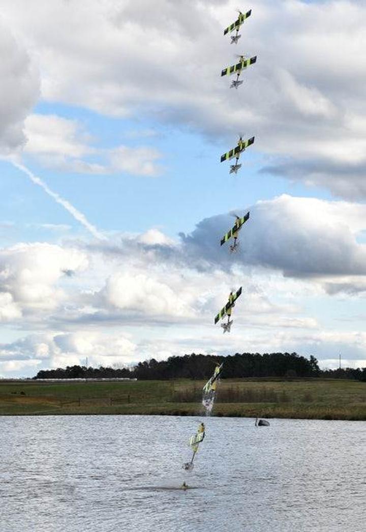 EagleRay: Hem havada hem suda gidebilen drone