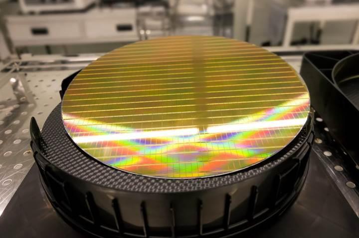 Samsung artık parmak izi sensörü de üretiyor