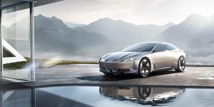 BMW, bu yıl bir dizi elektrikli araç konsepti tanıtacak