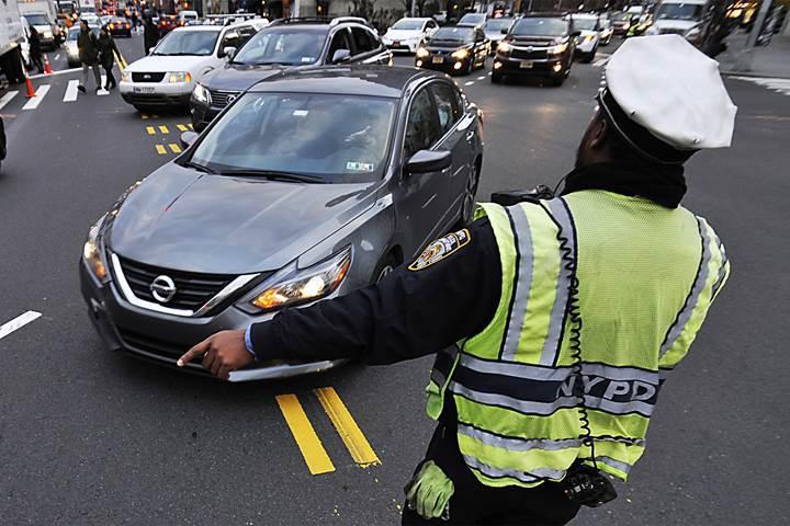New York trafik problemini yoğun güzergaha ek ücret getirerek çözecek