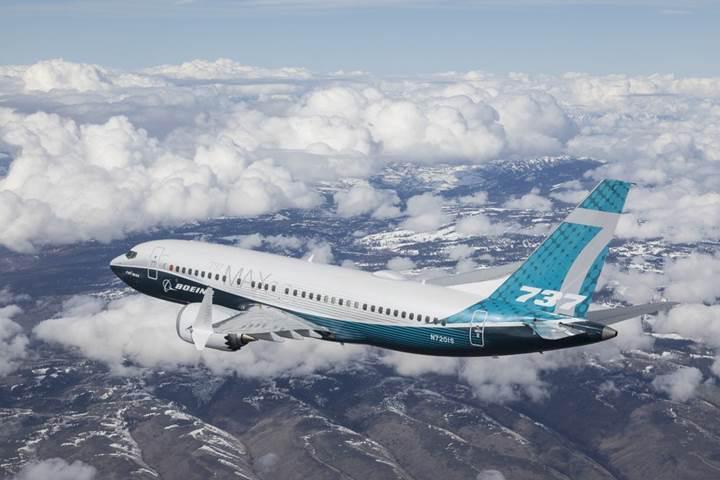 Boeing 737 Max 7 yolcu uçağı ilk uçuşunu başarıyla tamamladı