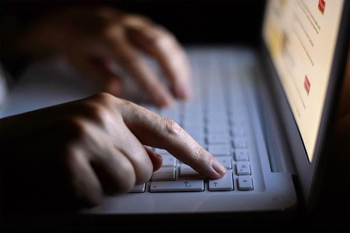 Avrupa Birliği'nden internete ''telif hakkı'' darbesi