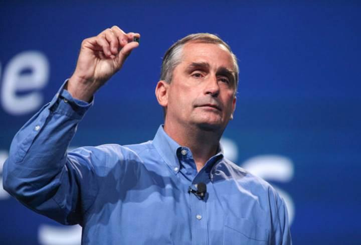 Yasak aşkı ortaya çıkan Intel CEO'su istifa etti
