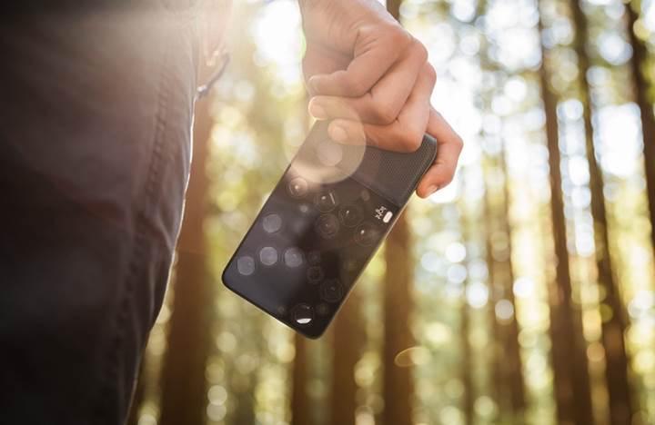Şaka değil, gerçek! 9 lensli telefona merhaba deyin!