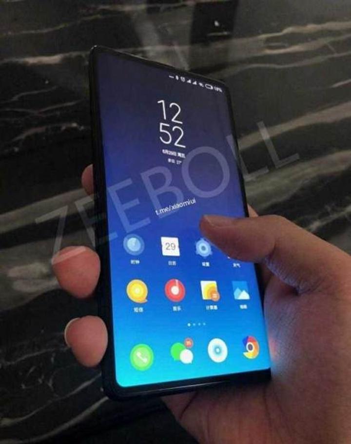 Xiaomi Mi MIX 3 çalışırken görüntülendi: Tamamen ekrandan oluşan tasarım açığa çıktı
