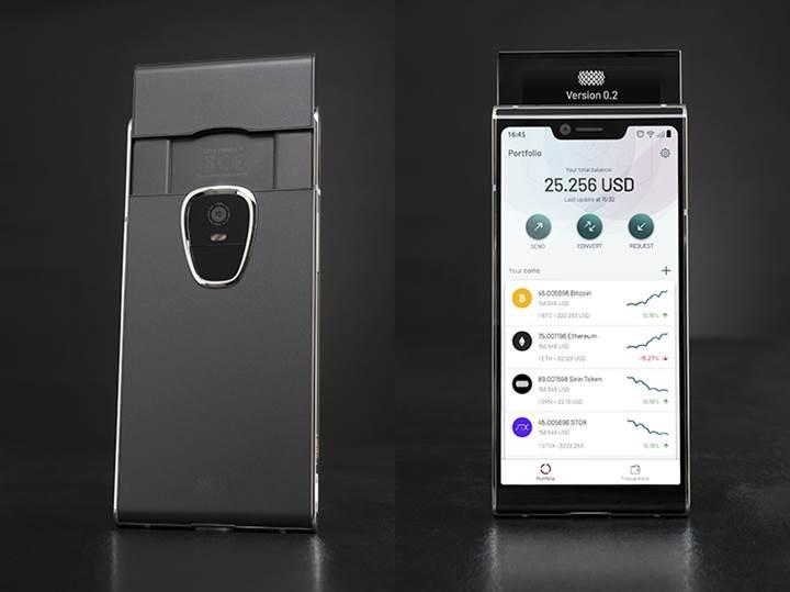 Dünyanın ilk blockchain telefonu kameralar karşısında