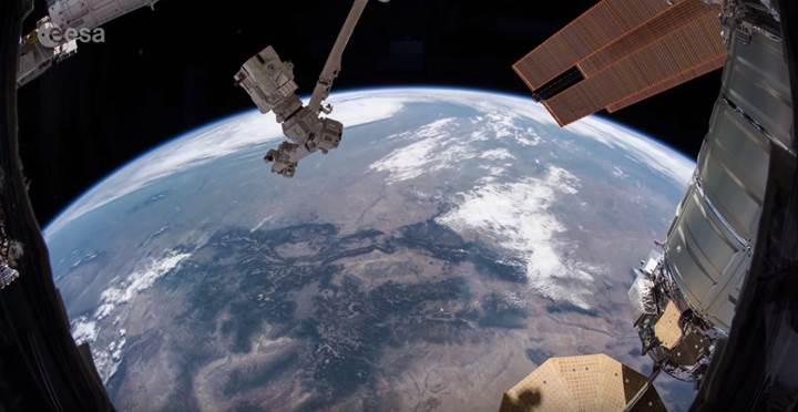Avrupalı astronot, Dünya'yı uzaydan işte böyle görüntüledi (VİDEO)