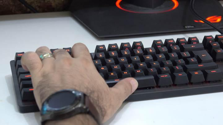 RomerG Mekanik Anahtarlı Logitech G413 CARBON'u İnceledik