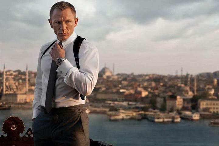 Yeni James Bond filmi yönetmensiz kaldı