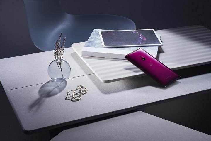 Sony yeni amiral gemisini tanıttı: Karşınızda Snapdragon 845'li Xperia XZ3