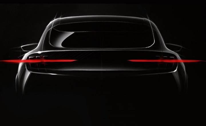 Ford, Mustang esintisi taşıyan elektrikli SUV'unun ilk görüntüsünü yayınladı