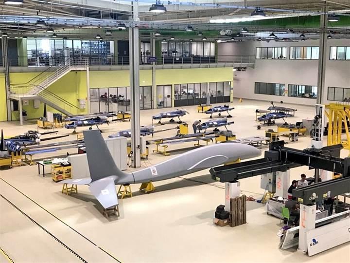"""""""İnsansız savaş uçağını 2023'ten önce uçuracağız"""""""