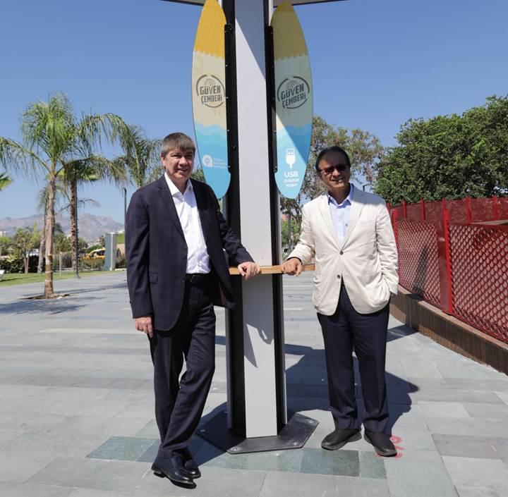Antalya Büyükşehir Belediyesi ve Vestel'den teknolojik iş birliği