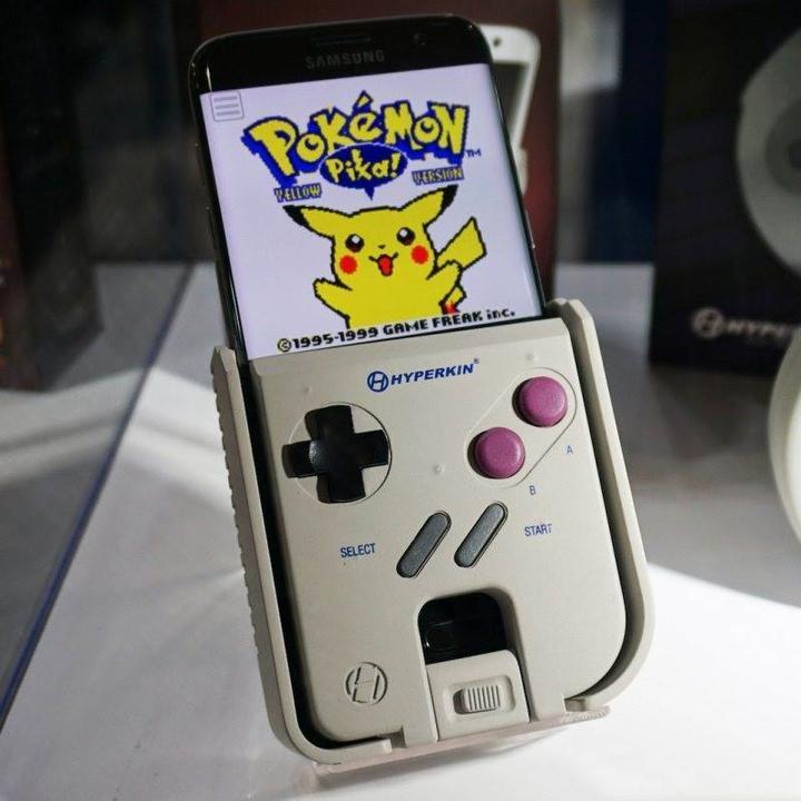 Nintendo'dan akıllı telefonlar için oynanabilir gameboy kılıfı