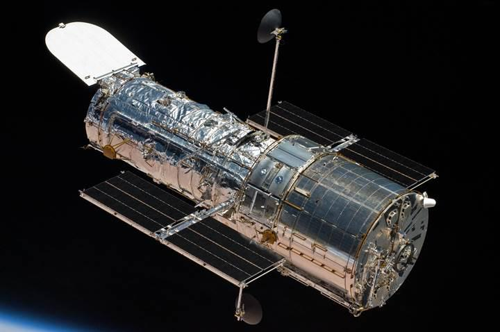 Hubble, 3 haftalık aranın ardından görevine geri döndü