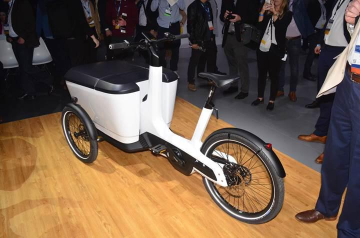 Volkswagen tarihinin en küçük ticari aracı: Cargo e-Bike