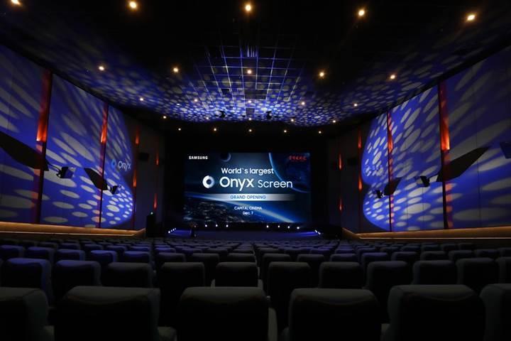 Samsung'dan 14 metrelik dev LED sinema perdesi