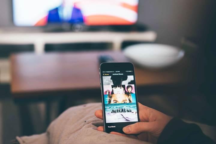 Yurt dışından getirilen telefon ve diğer elektronik ürünlerin bandrol ücreti değişmedi