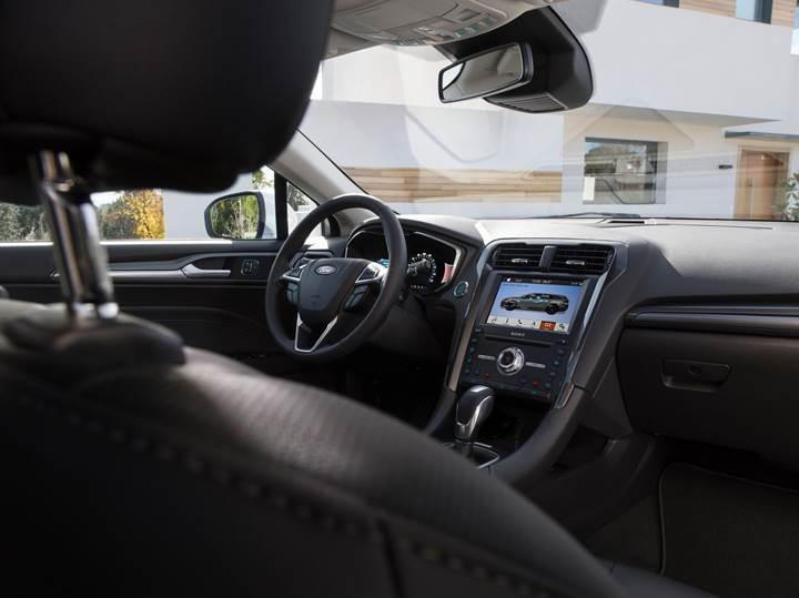 2019 Ford Mondeo tanıtıldı: Station Wagon'da yeni hibrit seçeneği