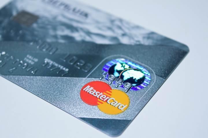 MasterCard, otomatik yenileme korumasını yalnızca fiziksel ürünlere uygulayacak