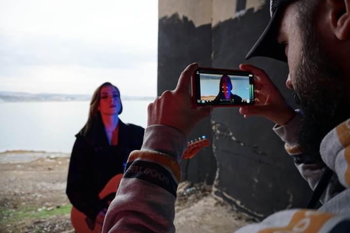 Ezgi Yelen'in yeni klibi iPhone XS Max ile çekildi