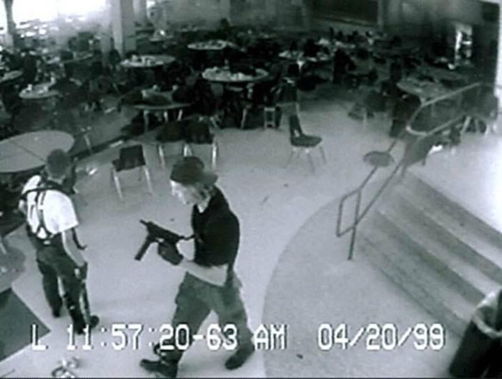 Siri'ye okulu havaya uçuracağını söyleyen çocuk tutuklandı