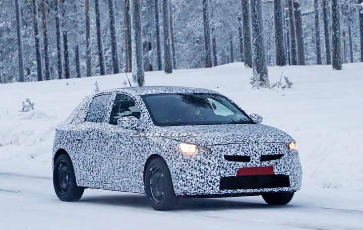 2019 Opel Corsa'nın tasarımına dair ilk ipucu görseli paylaşıldı