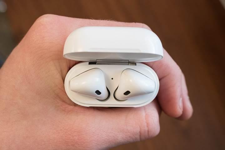 Apple'ın merakla beklenen iki ürünü AirPods 2 ve AirPower ilkbaharda çıkabilir