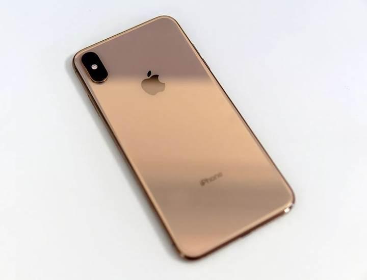 Yeni nesil iPhone'larda buzlu cam kullanılabilir