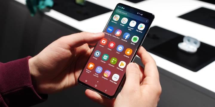 Samsung Galaxy S ve Note serilerinin isimleri değişiyor