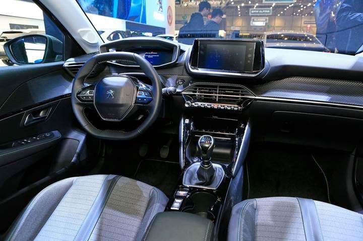 Yeni Peugeot 208, elektrikli versiyonuyla birlikte Cenevre'de sahne aldı