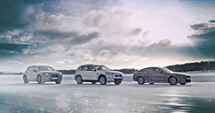 Elektrikli BMW i4 modeli 600 kilometre gibi iddialı bir menzille geliyor