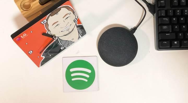 Spotify Premium aboneleri Kanada'da bedava Google Home Mini akıllı hoparlör sahibi oluyor