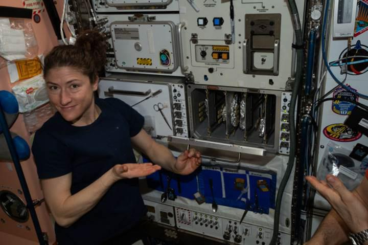 NASA'lı astronot Christina Koch, uzayda 1 yıl geçirecek