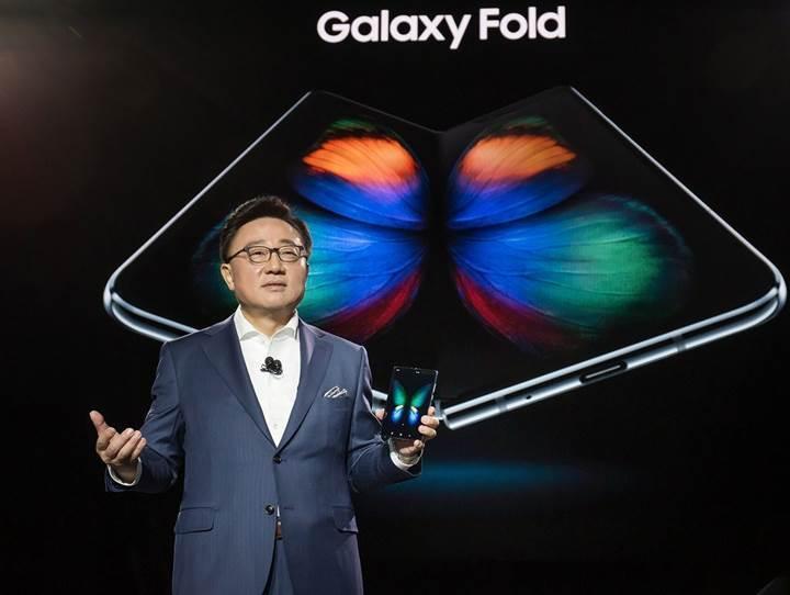 Samsung, ekran sorunları nedeniyle Galaxy Fold'un Çin lansmanını erteleyebilir