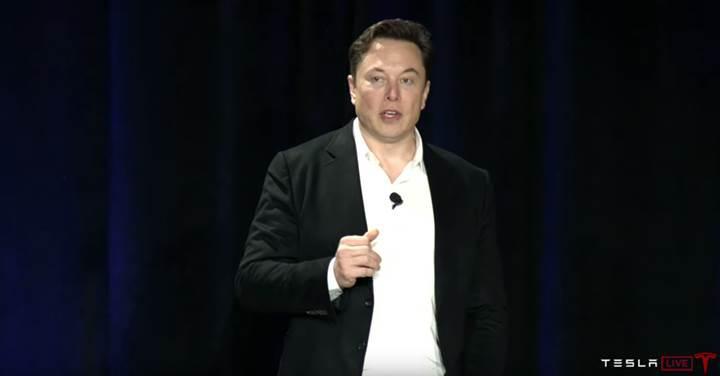 Elon Musk, Tesla'nın 2020 yılında otonom taksi olarak hizmet vereceğini açıkladı