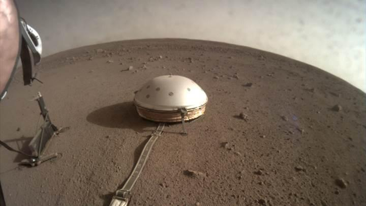 InSight, Mars'ta ilk kez deprem kaydetti: İşte ses kaydı