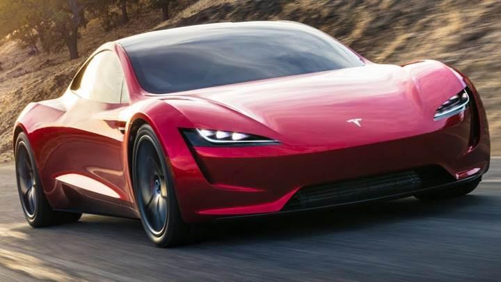 Yeni Tesla Roadster, 1000 kilometrenin üzerinde menzil sunacak