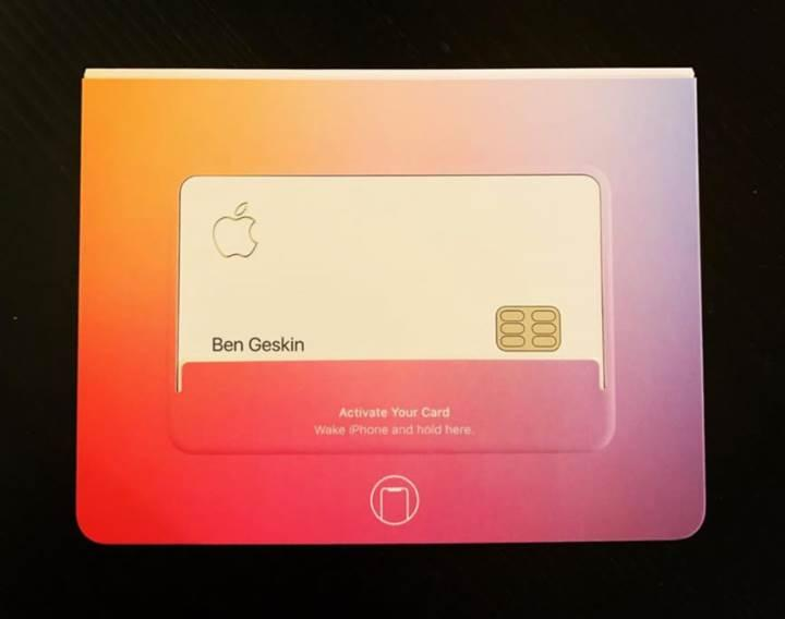 Apple'ın kredi kartı Apple Card ortaya çıktı