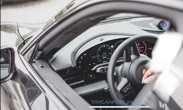 Elektrikli Porsche Taycan'ın kabini ilk kez görüntülendi