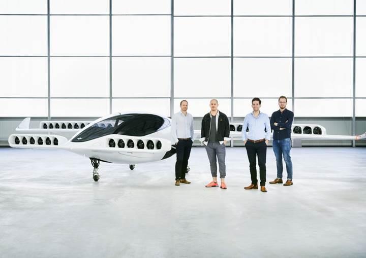 Lilium'un gerçek boyuttaki elektrik motorlu prototip uçağı ilk kez uçtu