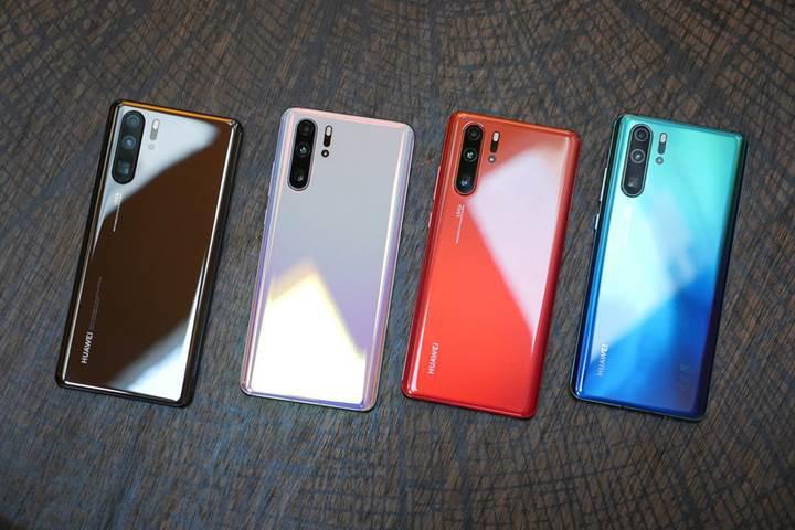 Huawei telefon satışlarında sert düşüş, ikincilik hayal olabilir