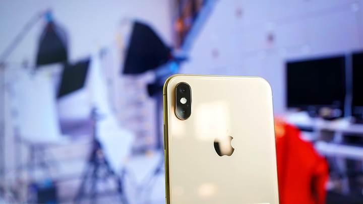 Apple artık iPhone güncellemesinin cihazı yavaşlatabileceği konusunda uyaracak