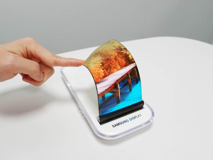 Samsung ekran pazarının lideri olmaya devam ediyor
