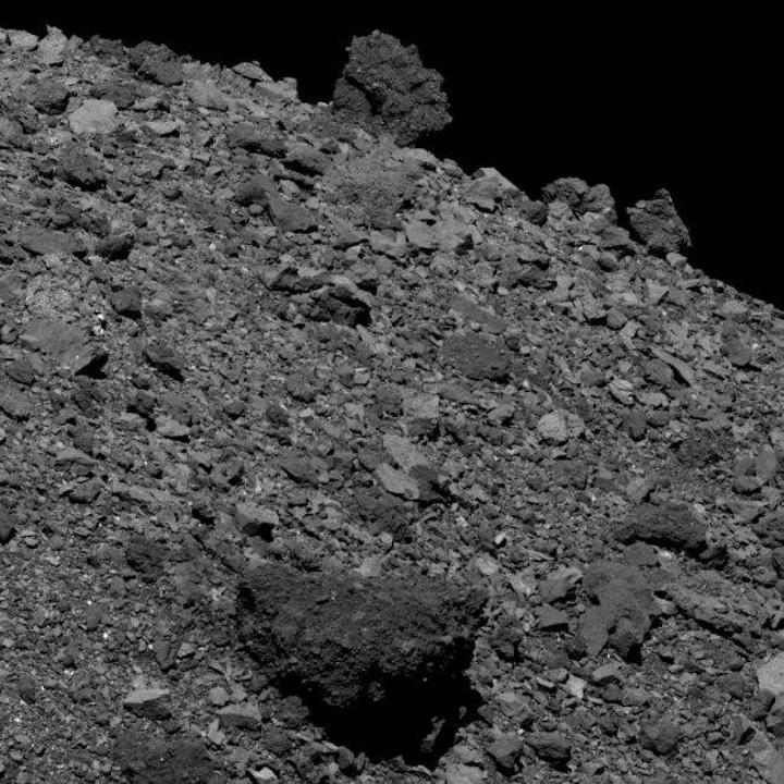 NASA, Bennu asteroitinin 'şimdiye kadarki en detaylı' görselini yayınladı